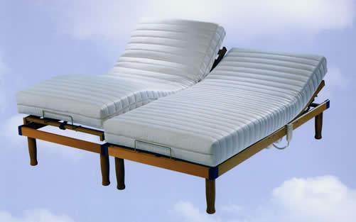 Cama articulada con somier articulado de Qué Idea Furniture