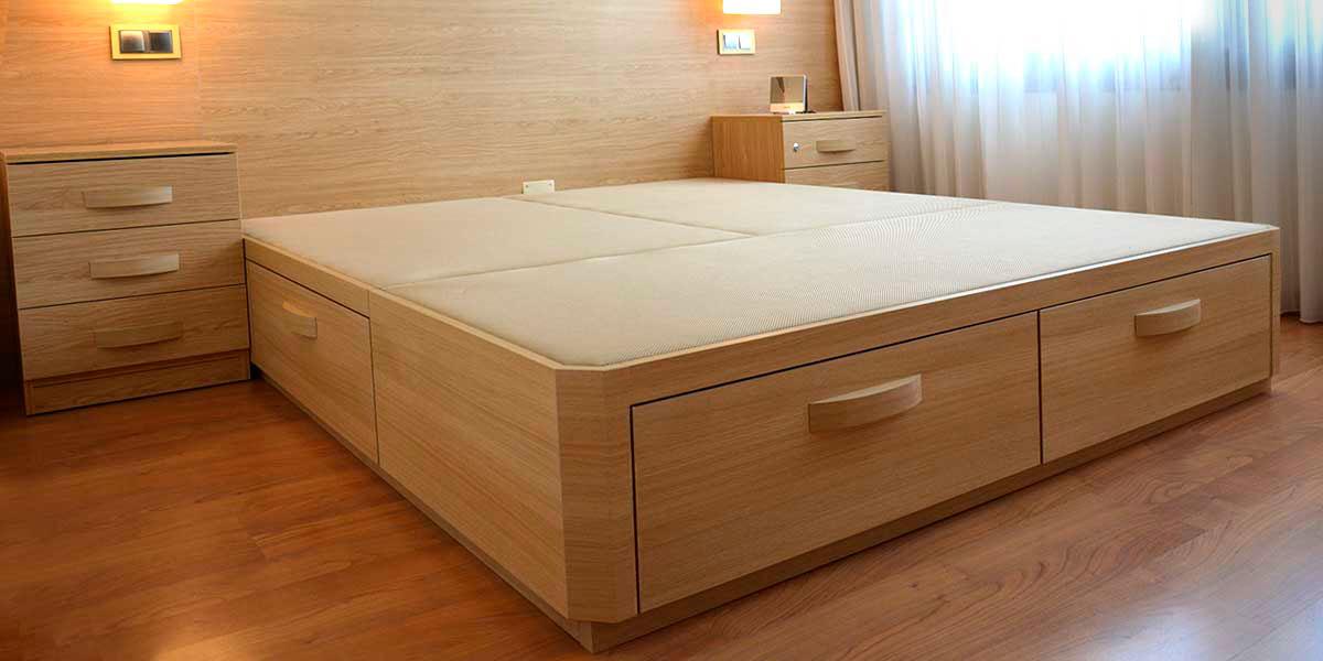 Cama de madera con cajones for Sillon cama con cajones