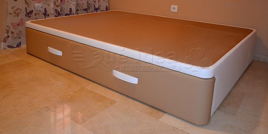Canap de madera cajones laterales for Sofa cama con cajones